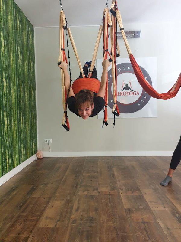 El movimiento y la práctica del AeroYoga para mejorar la autoestima y el aprendizaje de tus hijos